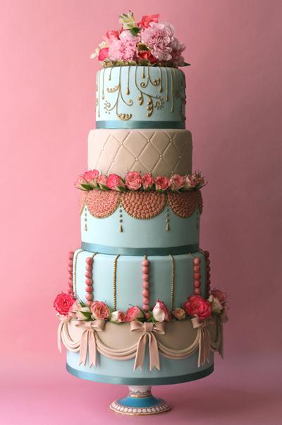 OlofsonDesignMarie-Antoinette-wedding-cake